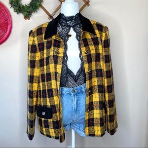Vintage plaid women's blazer shoulder pads